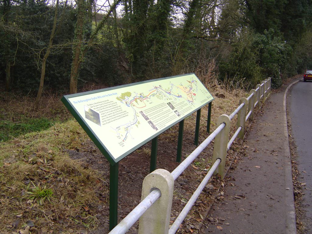 A long narrow interpretation panel introducing the importance of the river and eco-system it is positioned by. Mounted on a 5 leg aluminium lectern frame.