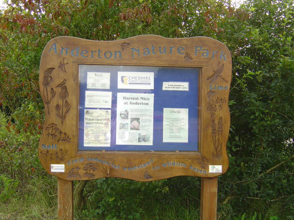 A lockable notice board produced in Cedar and complete with posts. It is lockable and supplied with natural history illustrations decorated side flanges.